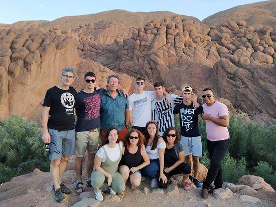 Καζαμπλάνκα, Μαρόκο: con el grupo disfrutando de las gargantas de dades