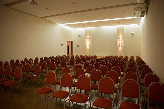Convenções - Sala 01 para até 170 pessoas