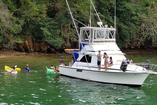 Yacht Charter langs Trinidad North West Coast
