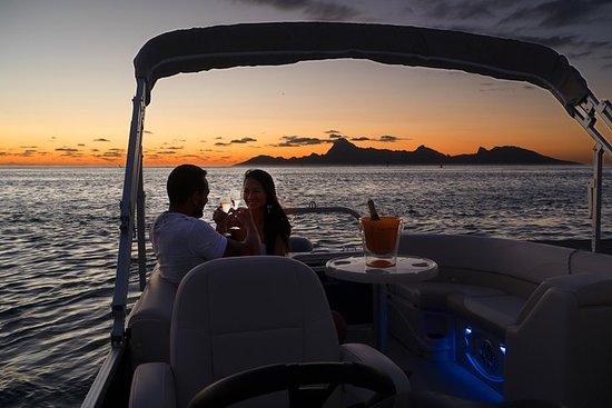 Toa Boat Bora Bora Mahana Reva