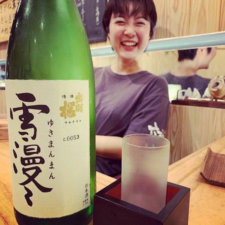 日本酒も豊富に取り扱っています。
