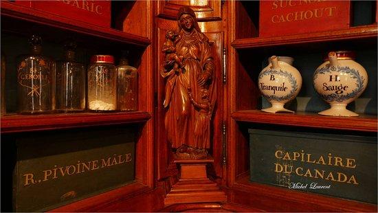 Apothicairerie de l'hôtel  Dieu Bourg en Bresse
