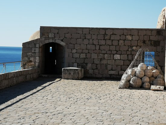 Game of Thrones Tour: Joffrey's name day 1