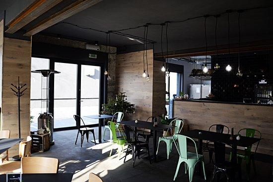 Bar / Kuchnia / Miejsca dla Gości
