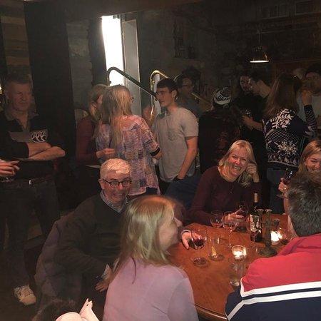 Laury's Bar