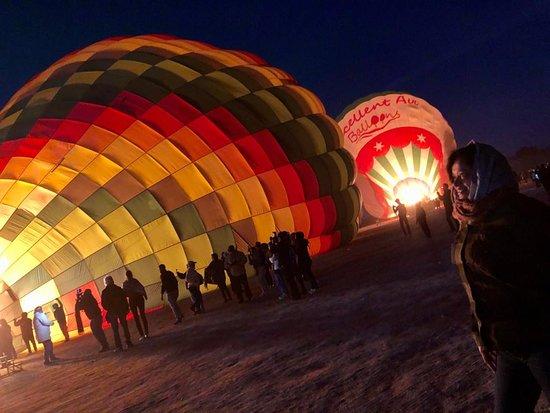 Hod-Hod Soliman Sunrise Hot Air Balloon Rides Luxor, Egypt: Balloon in preperation