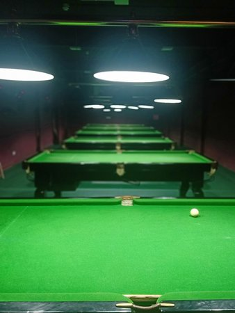 Fully packed Snooker tables