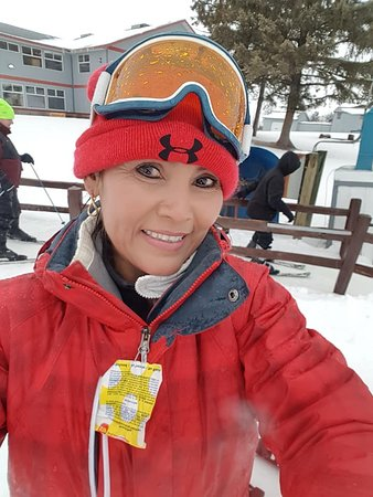 Kimball, MN: My wife First time skiing !