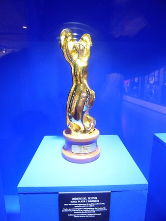 La Sirenita de Oro, trofeo al ganador