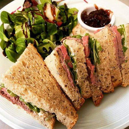 Roast beef Sandwich minus the crisps