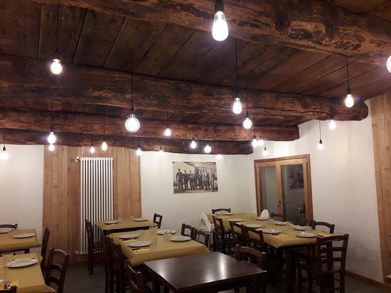 Eclause, Italia: Locale ristorante