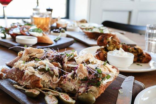 WESLEY & ROSE LOBBY BAR, Buena Vista - Menu, Prices & Restaurant Reviews - Tripadvisor