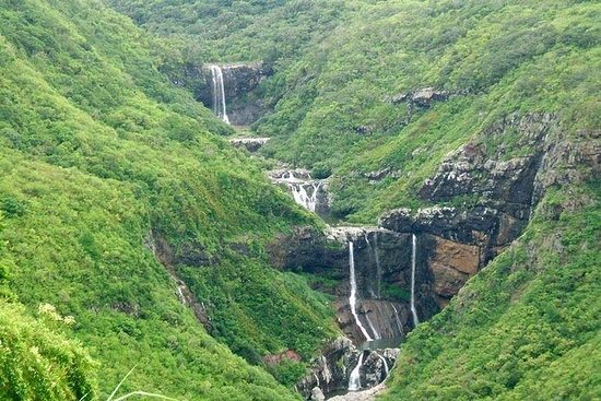 Mauritius-7 Cascades (Tamarind Falls) inkludert Guide & Hotel Transfer
