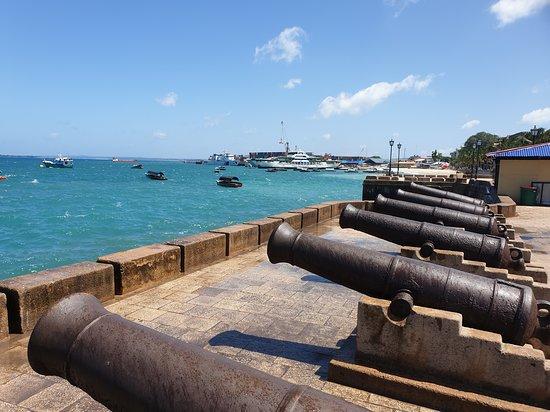 Stone town tour: Harbour