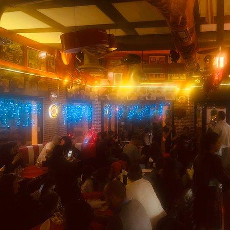 Coloro che hanno reso speciale il party di San Silvestro!!!  👉UNIC BIKERS BAR VANZAGO  💣STILEAMERICANOGUSTOITALIANO