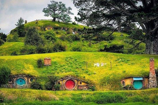Hobbiton Movie Set Luxury Tour from...