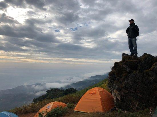 Myanmar Tour 10N/11D: Camping.