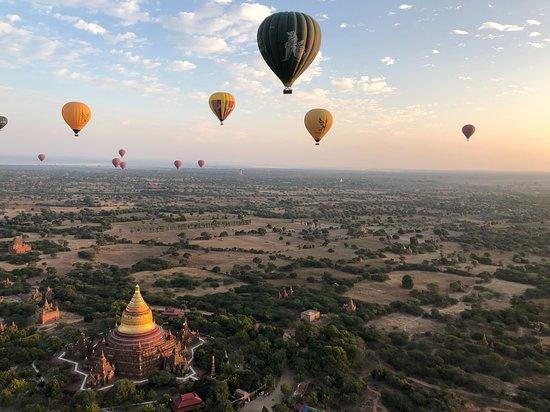 Myanmar Tour 10N/11D: 500' feet over Bagan in a hot air balloon.