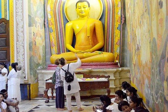 Buddhistkonst och tempelritualupplevelse