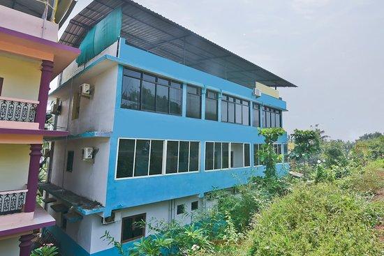 Oyo 2333 Aananda Hotel