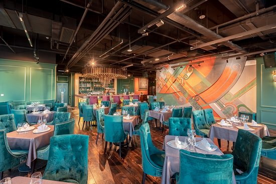 We promise you a comfortable atmosphere that can make you chill and enjoy great dishes