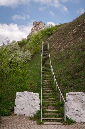 Лестница к храму и на плато
