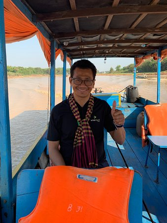 Sunrise at Angkor Wat, Bayon and Ta Prohm Temple Tour: Here's Thom!