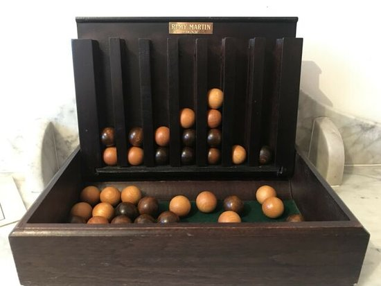 connect 4 game old style