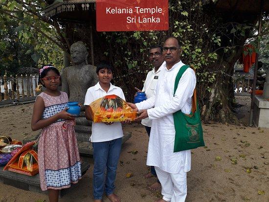 SLDT03-3 - 斯里蘭卡一日遊 - 來自康提的丹布勒寺和錫吉里耶堡壘照片