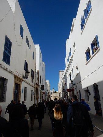 Essaouira, Maroko: Different style but reminds of Stradun street in Dubrovnik