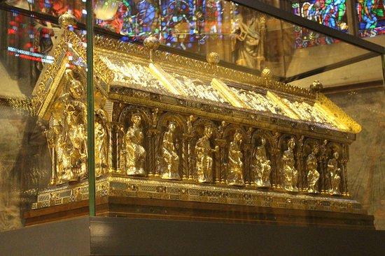 Tomba di Carlo Magno