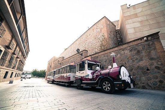 Paseo en el tren turístico de Toledo