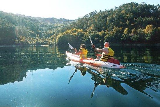 Randonnée en kayak et cascades dans...