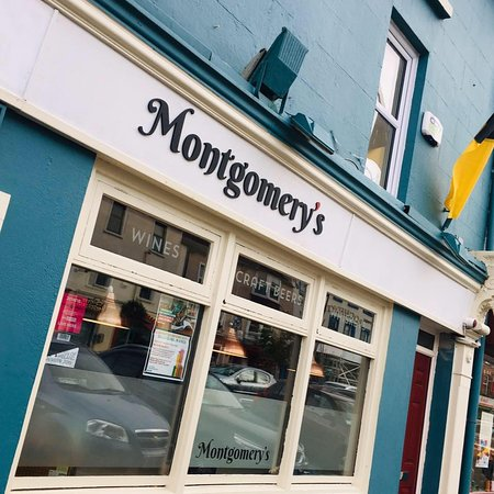 Montgomery's Bar & Lounge