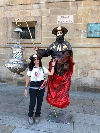 Los Valores del Camino en 12 meses, hablando de las manos de Mocho, un verdadero símbolo de la amistad en la peregrinación a Santiago.