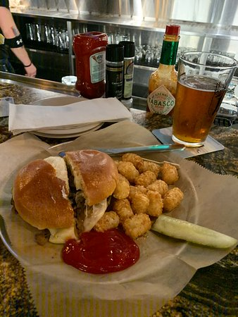 Chimay Burger And Omb Copper At Wob Epicentre Picture Of World Of Beer Epicentre Charlotte Tripadvisor