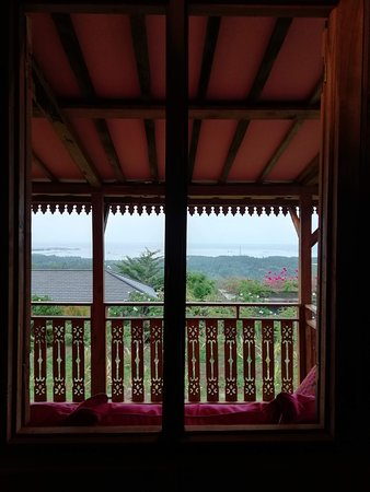 This is the view from inside the room of Kesambi 1