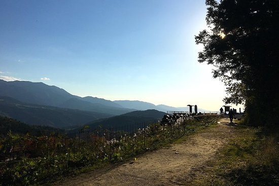 Explore Kiso Valley : Magome - Tsumago Mountain Trail Walk
