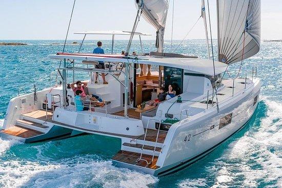 Santorini Bootstour inklusive Büffet...