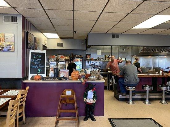 Lori S Corner Kitchen Lake Ariel Menu Prices Restaurant Reviews Tripadvisor