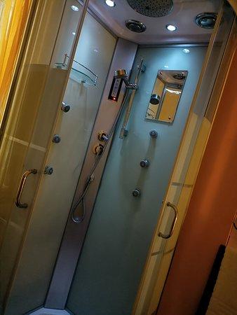 stanza 8