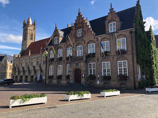 Administratieve Diensten Stadhuis