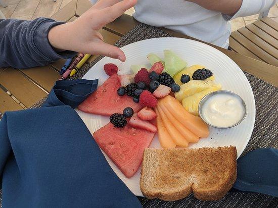 BluEmber breakfast kid's meal fruit and yogurt plate (yogurt is mini, toast is from another breakfast).
