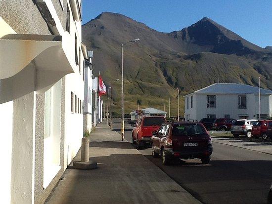 Mountain dominates street down toward Canadian bldg