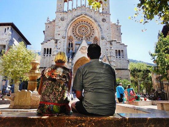 Excursión a Valldemosa y el Valle de...