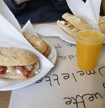 Sandwiches and fresh squeezed juices!