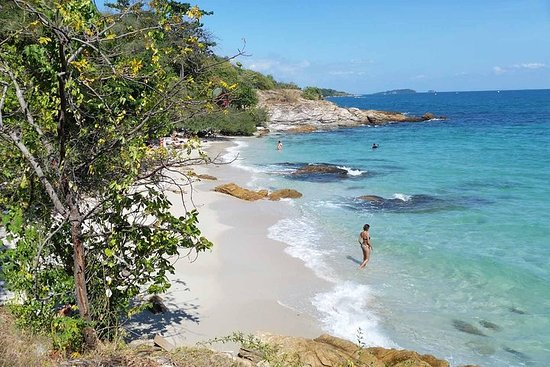 Join Koh Samed Islands Adventure Full Day Tour with Lunch from Pattaya