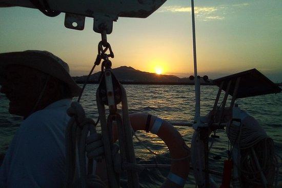 Tour della vela al tramonto di Townsville