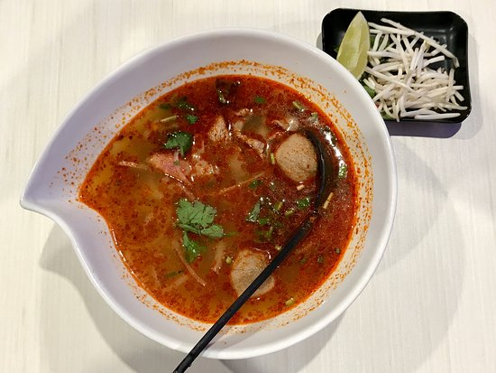Good bowl of spicy Vietnamese pho!