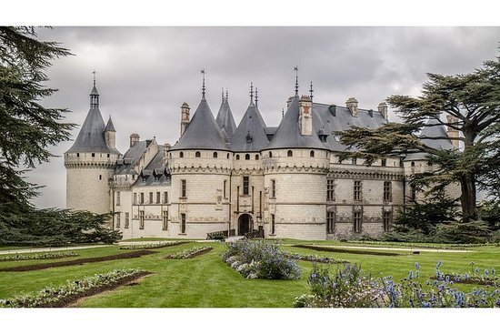 Photography tour of Château Chaumont